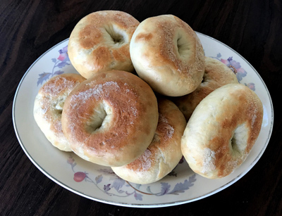 A plate of fresh bagels